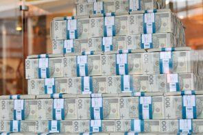 Jak zarobić milion złotych w internecie?